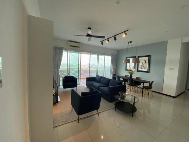 Grandview 360 Service Residence For Sale Showroom Unit
