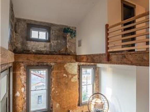 Great 2 Bedroom Unit In Otr