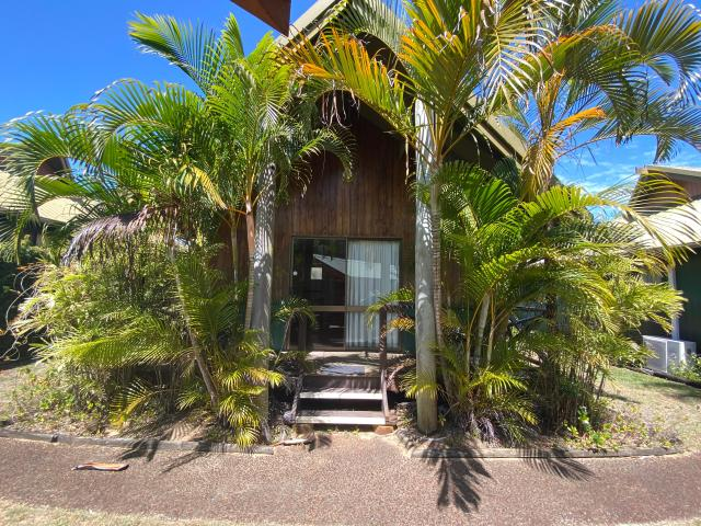 Great Location Furnished And Self Contained Stand Alone Villa