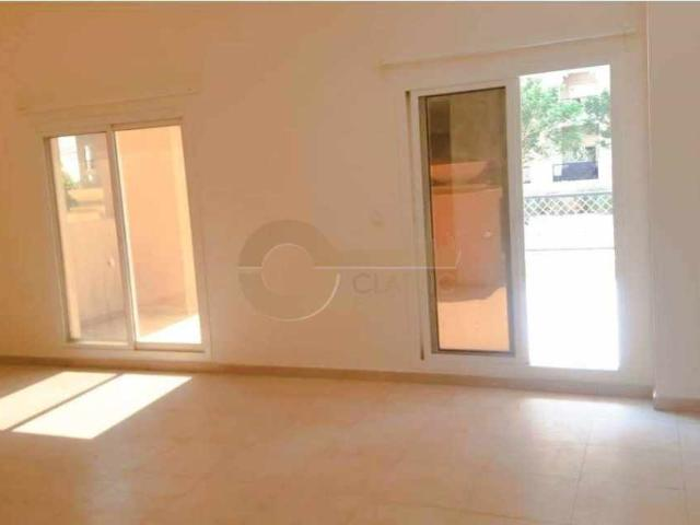 Great Location |large Terrace |spacious 3bed