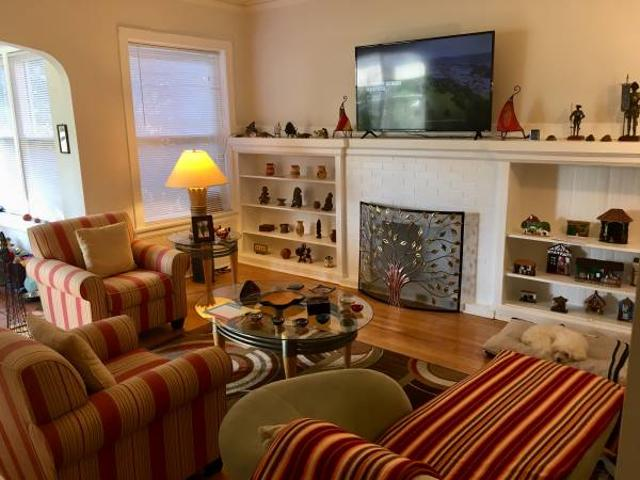 Great Room Furnished Close To Trainlake. Short Term Ok. May 1 Edgewaterandersonville