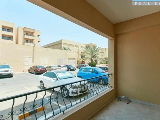 Great Deal Ground Floor Apartment Close To The Mall