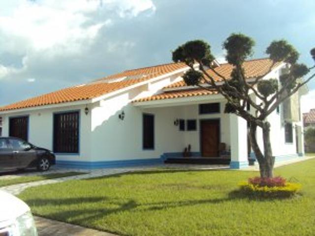 Hermosa Casa En La 1 Etapa De La Urb. san Miguel