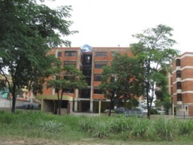 Hermoso Apartamento Villa Del Parque Valencia Mls #12 4376