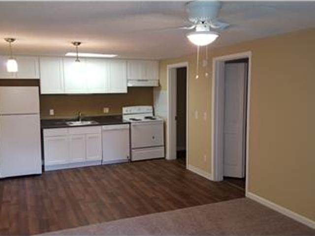 Hickory Place Apartments