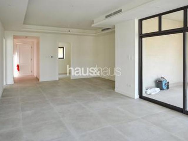 High Roi  fully Upgraded Penthouse   Private Pool