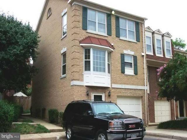 Home For Rent In Falls Church, Virginia