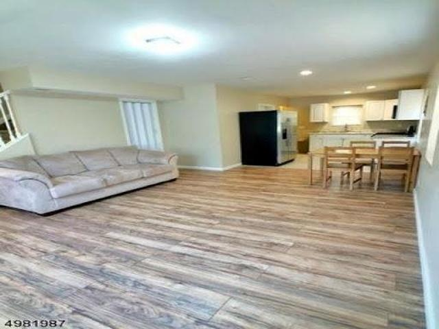 Home For Rent In New Brunswick, New Jersey