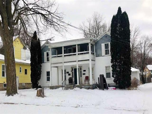 Home For Sale In Beaver Dam, Wisconsin