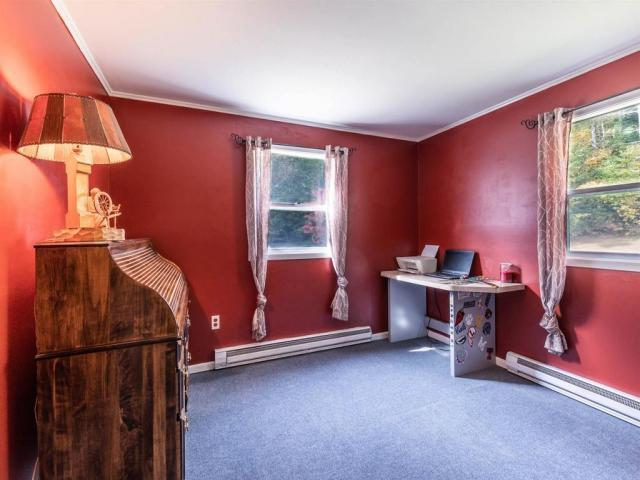 Home For Sale In Holderness, New Hampshire