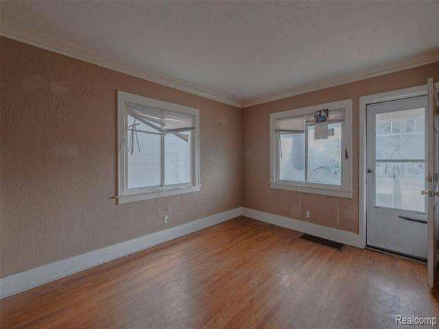 Home For Sale In Pontiac, Michigan