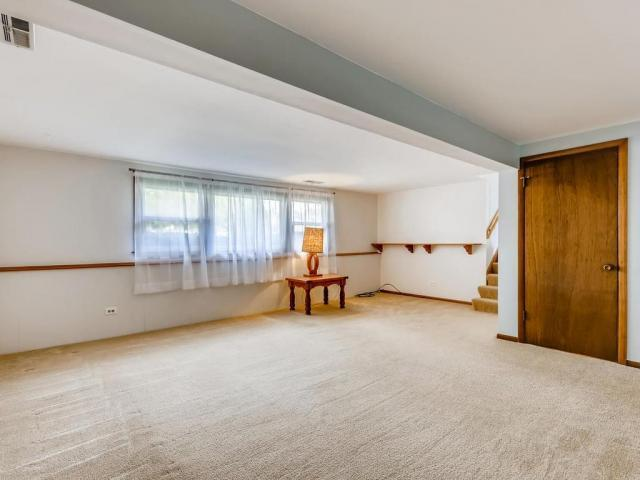Home For Sale In Schaumburg, Illinois