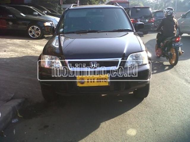 Honda crv crv 2 0 at hitam metalik