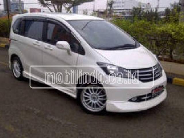 Honda Freed Psd
