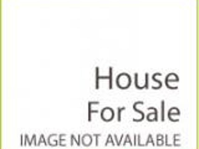 House 52ft Front Own Built With All Faciliies Easy Approach For Sale