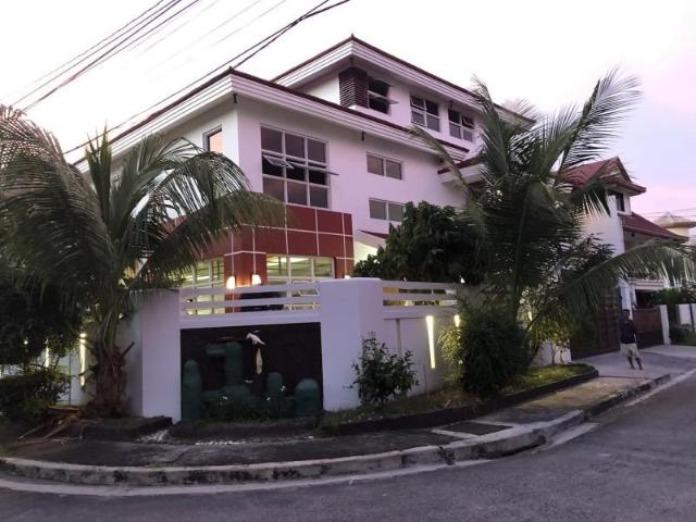 House And Lot For Sale At Las Pinas Royale Estates