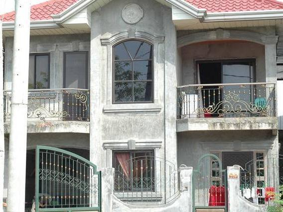 Bulacan 9 2 bedroom garage terrace properties in bulacan for 2 houses on one lot for sale
