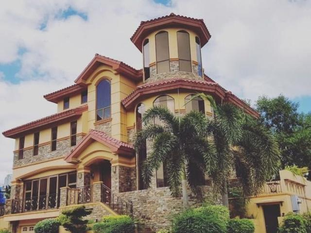 House And Lot For Sale In Mckinley Hills Taguig
