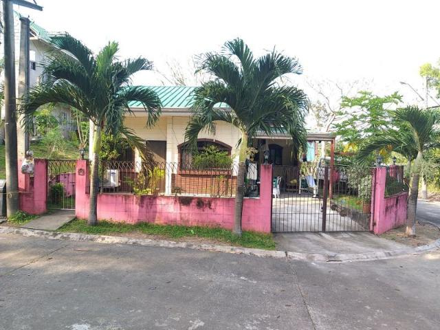 House And Lot For Sale In Pueblocillo Village In Fcie
