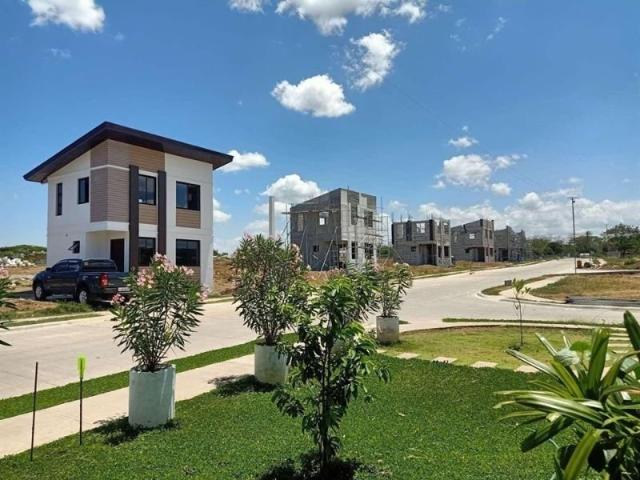 House And Lot In Dasmarinas Cavite