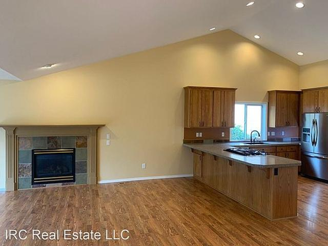 House For Rent In Oregon City, Oregon, Ref# 201872725
