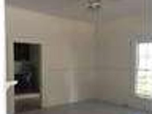 House For Rent In Thomaston. Washer/dryer Hookups!