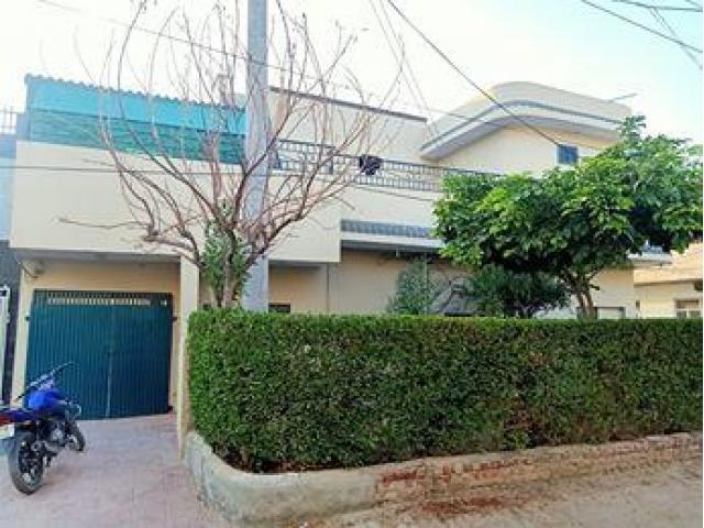 House For Sale 7 Marla Corner House 1st Floor 2 Bed Rooms, 1 Drawing Room Tv Lounge