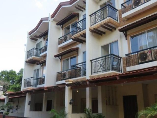 House For Sale Or Rent In Cebu City, 3 Story In Banilad Step Away To Malls