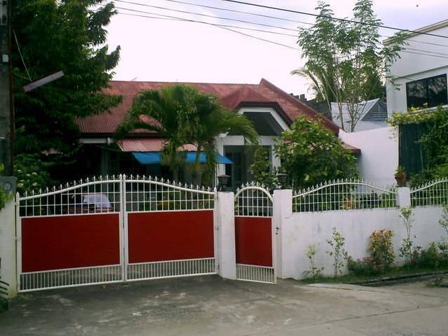House & Lot For Sale Only Php2.5m
