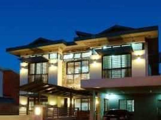 House & Lot In Alabang 400 For Sale