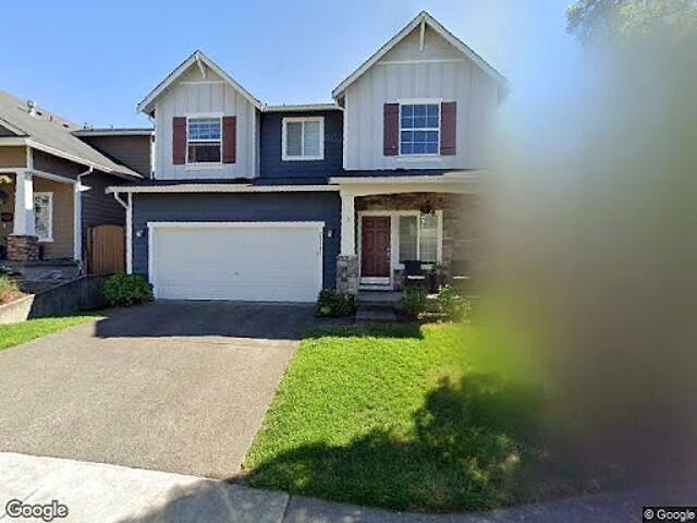 Hud Foreclosed Single Family Home In Maple Valley