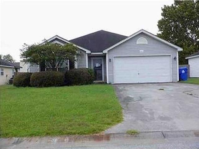 Hud Foreclosed Single Family Home In North Charleston