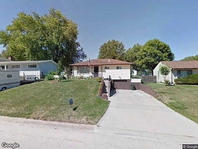 Hud Foreclosed Single Family Home In Waterloo