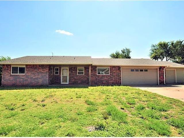 Hud Foreclosed Single Family Home In Woodward