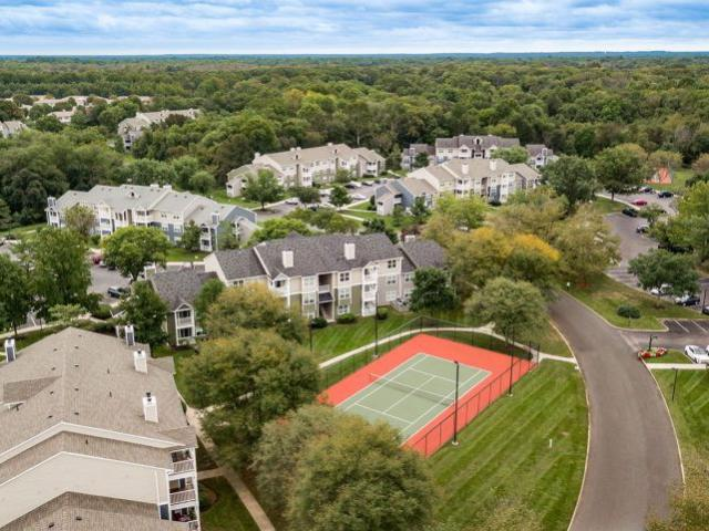 Hunters Chase 1 Bedroom Condo For Rent At 100 Hunt Club Trl, Marlton, Nj 08053