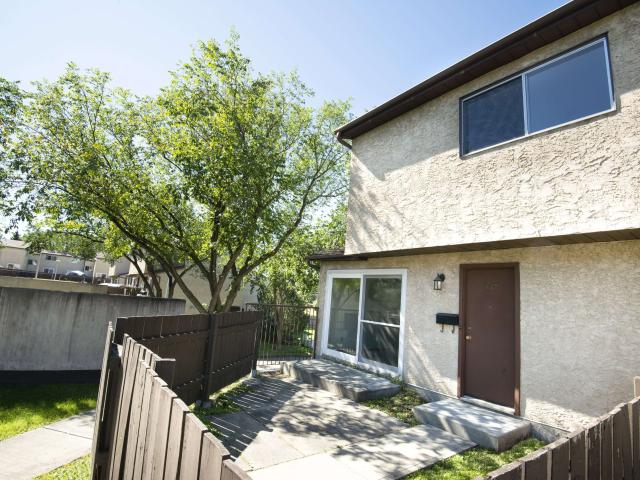Huntington Townhomes 3 Bedroom Home For Rent At 89 1 89 Huntington Hill Nw, Edmonton, Ab T...