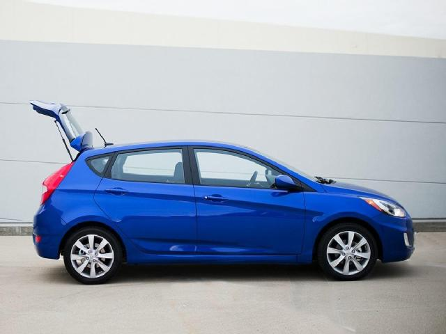 Hyundai Accent In Seattle   Used Hyundai Accent Hatchback Seattle   Mitula  Cars