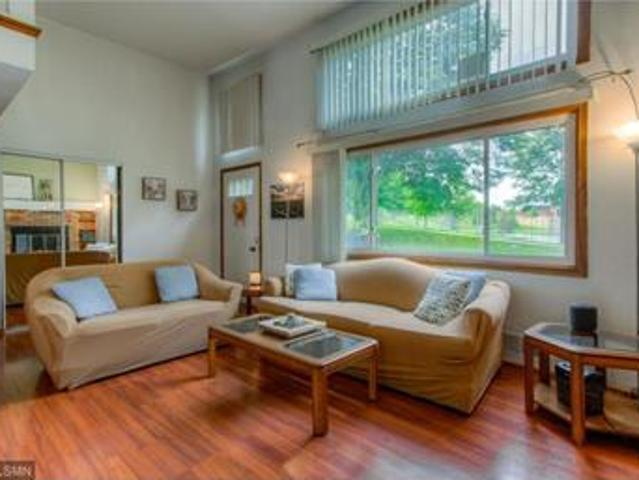 Immaculate Townhouse In Superb Location Available