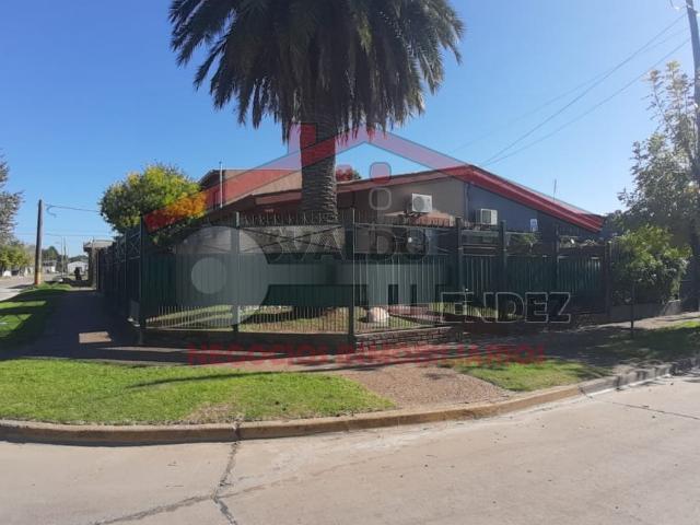 Impecable Casa De 3 Dormitorios En Claypole, Barrio Don Orione
