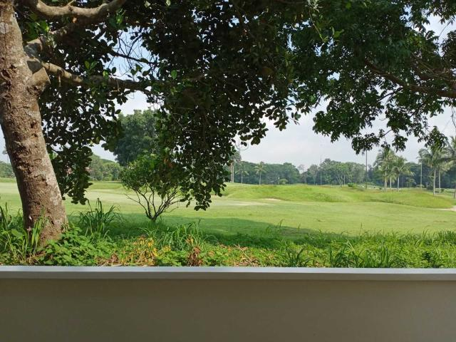 House And Lot For Sale Ready For Move In With A Prefect View Of The Golf Course