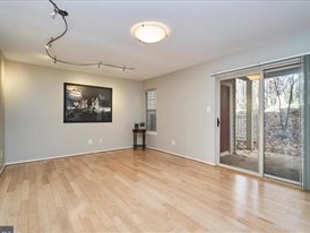 Incredible Room W/ Attached Bath Next To Reston Town Center
