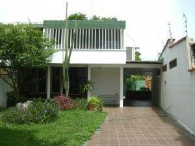 Inmueblesucre.com Casa Quinta En Venta Cumaná Mls # 11 5282