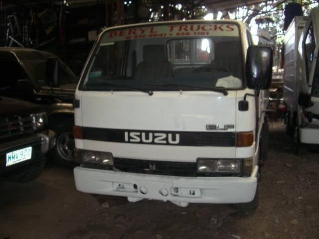 Isuzu elf 4wheeler