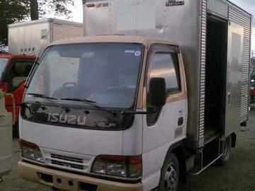 <strong>Isuzu</strong> <strong>Elf</strong> <strong>Aluminum</strong> <strong>Van</strong>