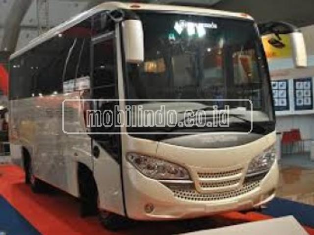 Isuzu elf nkr 71 hd e2 120 ps medium bus isuzu nkr 71