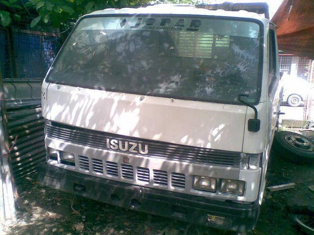 Isuzu elf npr 14 ft dropside 4bc2 diesel engine
