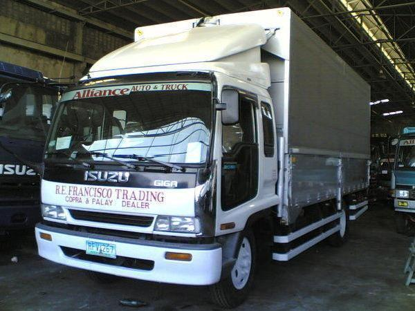 Isuzu forward 18 24ft frr and ftr wingvan dropside alumvan