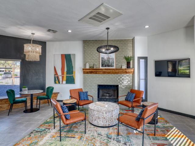 Jerome Apartments 2 Bedroom Apartment For Rent At 6451 W Bell Rd, Glendale, Az 85308 Lexin...