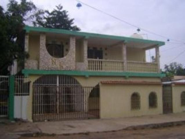 Jesús Fuenmayor Vende Casa En Sierra Maestra Maracaibo. Cod. Mls:11 3033