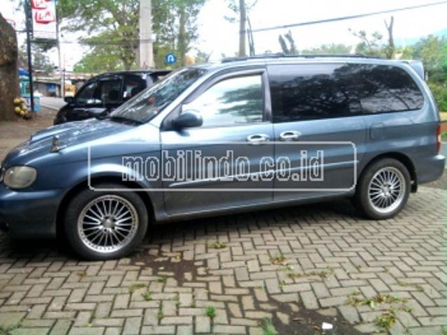 Kia carnival turbo diesel 7 seater automatic